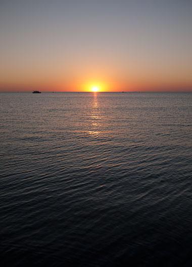 082810_sunset_over_sag_bay.jpg