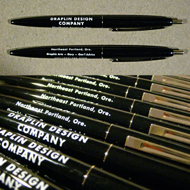merch_clic_pen_black.jpg